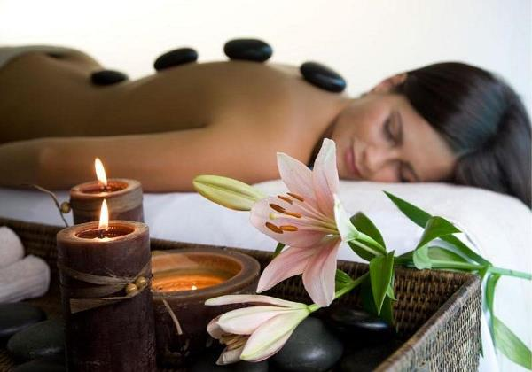 hot-stone-massage - Copy